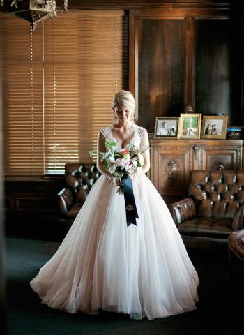 gaylord-pickens-oklahoma-heritage-museum-wedding-photo-pgs1